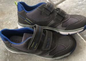 Neu* Superfit Schuhe Halbschuhe 34, Grau