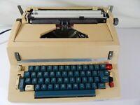 RARE Vintage Remington Rand 711 Electric Typewriter (Parts or Repair)