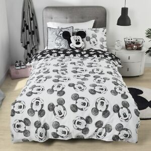 Disney Mickey Mouse Limited Edition Queen Bed Quilt Cover Set