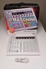 NI Maschine MK2 Groove Production Studio w/ GATOR carrying case