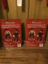 1998 Bruce Lee Action Figure SideShow Toys Classic w/Stand & Numbers Set Of 2