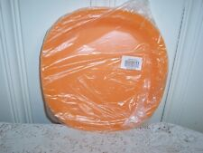 New TUPPERWARE MICROWAVE REHEATABLE LUNCHEON PLATES ORANGE  Free Shipping