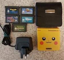 Pokemon Pikachu Nintendo Game Boy Advance SP incluye con funda de transporte y 5 Juegos