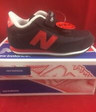 NWT Unisex Toddlers New Balance  Size 5.5 Wide Hook Loop Red Black