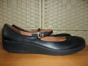 FitFlop size 6 (39) black leather shoes.