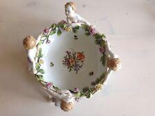 Porzellan  Schale Von 4  Engel getragen
