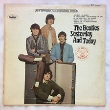 THE BEATLES YESTERDAY AND TODAY 1967 US STEREO CAPITOL ST2553 Rainbow label