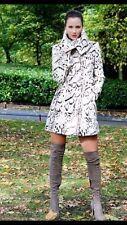 Karen Millen Snow Leopard Negro Blanco más buscados Abrigo 10