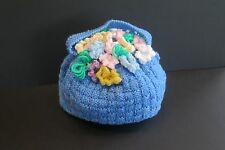 VINTAGE STYLE KNITTED DOUBLE THICKNESS TEA COSY WITH FLOWERS AND HANDLE