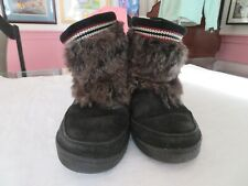 MINNETONKA Black Mukluk Leather Faux Fur Ankle Boots Lined Size 9