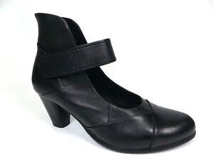 Spring Step Women's Chapeco Dress Pump Black Leather  SZ 6.5-7 M, DISPLAY  17723