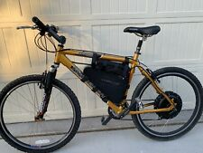 Raleigh Mountain bike with a 1000 W motor with a 48 V and 20 AH battery