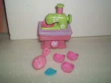 My Little Pony Frilly Frocks Boutique Sewing Machine Shoes Brush Barette