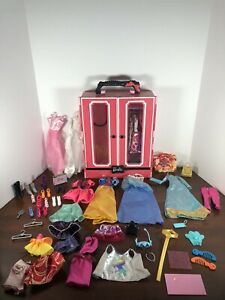 2013 Mattel Barbie Closet Style Ultimate Carrying Case Pink Wardrobe W/ Clothes!