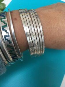 🌺🌼joli  bracelet semainier en argent massif poids:37 grammes diamètre: 7cm🌼🌺