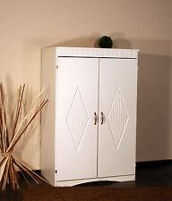 Markenlose Möbel im Landhaus-Stil fürs Arbeitszimmer