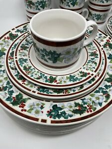 Majesticware Holly Dish Set | christmas dishes | China