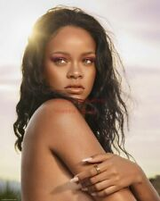 Hollywood Art Photo Poster: RIHANNA Poster |24 inch by 36 inch| 28