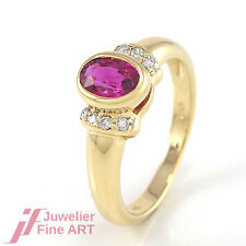 Ring 14K Gelbgold - Rubin ca. 1,0 ct  + 8 Brillanten ca. 0,20 ct W-SI-P - 3,0 g