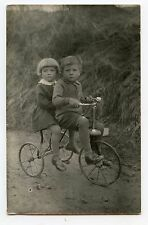 TRICYCLE ancien . Carte photo . Old tricycle