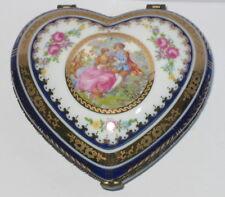 Herz Dose Deckeldose Schmuckdose Herzdose, mit Liebespaar, Rosendekor, 11x11x5cm