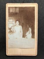 Netherlands Victorian Carte De Visite CDV: Named Family: Unusual Setting Maid?