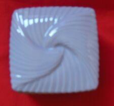 Avon Purple Lavender Ceramic Square Box Dish Container w/ Lid Jewelry