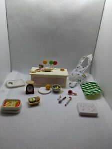 Calico critters/sylvanian families BAKERY Furniture + Accessories partial sets?