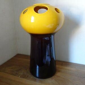 Bay Keramik Vase Bodenvase Pilzform in gelb Nr. 96 - 45 mit Löchern selten 70er