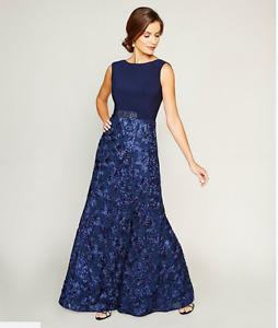 NEW Alex EveningsNEVY Embellished Sleeveless Gown.SZ:10