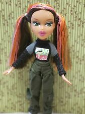 Bratz World Destination Tokyo A Go Go Fianna 2005 original clothes shoes