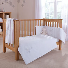 NEW 4BABY SHOOTING STAR WHITE COT / COT BED 2 PIECE QUILT & BUMPER BEDDING SET