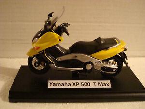 Yamaha XP 500 T Max Yellow 1:18 WELLY