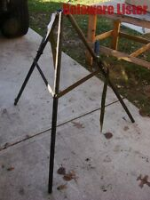 **US MILITARY SURPLUS JERRY GAS/Fuel CAN HOLDER TRIPOD STAND for Tent Heater New