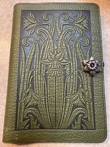 oberon leather Book Cover 6x9 Flowers Green Pebbled Daffodils