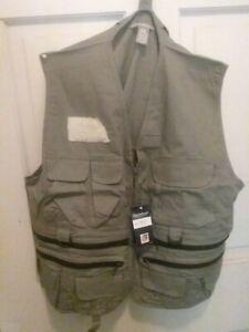 Danielson Classic Utility Fly Fishing Vest #6703 Size medium 19 Pocket
