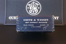 Vintage Smith & Wesson Model 19, 66, Combat Magnum, 3T's 2½ to 4 Inch S&W