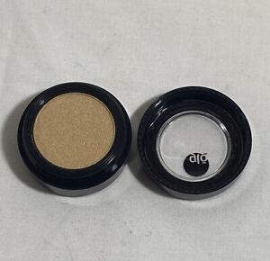 GLO Minerals - Eye Shadow -  SHADE:  TWINKLE-  .05oz. / 1.4g  -  New W/O BOX