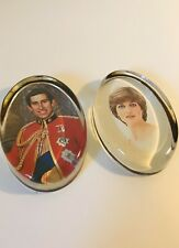 Charles & Diana Royal Family Memorabilia Nigel Pain Hand Cast Glass Paperweight