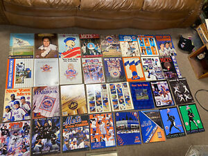 New York Mets yearbook Collection Bargain Baseball