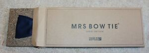 MRS BOW TIE SELF-TIE BOW TIE IN NAVY BLUE - NEW WITHOUT TAGS