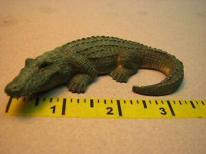 Dollhouse Miniatures Alligator Artisan 1/12