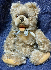 Steiff Zotty Bear, 10 Inches Tall, Gold Steiff Button, Jointed, Nice!