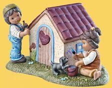 Goebel Nina Marco Figur Porzellanfigur Spardose Wir bauen uns ein Haus 11339017