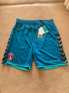 Charlton Athletic Football Club Beecool Shorts Size Medium-BNWT
