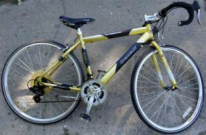 GMC Denali 6061 Aluminum 21 Speed Touring/Racing Bicycle