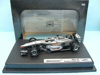 CF16/040 HOT WHEELS / F1 Mc LAREN MERCEDES MP4.16 2001 D. COULTHARD 1/43