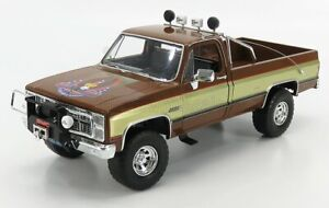 "1/18 GREENLIGHT 1982 GMC K2500 SIERRA GRANDE PICKUP ""THE FALL GUY"" LEE MAJORS TV"