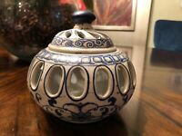 Beautiful Vented Bowl with Lid - Decorative - Blue White/Cream Detailed