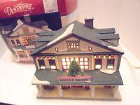 2 Lemax Dickensvale Mansfield Grocery Christmas  Hills Dept Store Vintage 1995